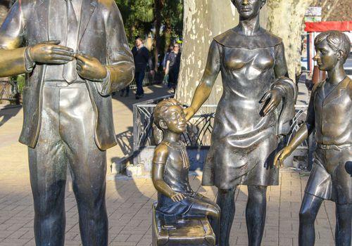 Памятник героямфил...
