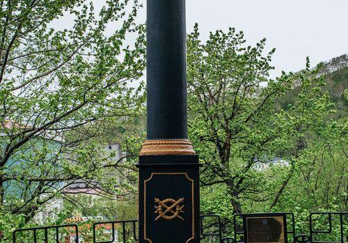 VitusBering Monument