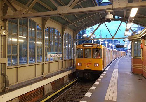 Bahnhof Warschauer Strasse