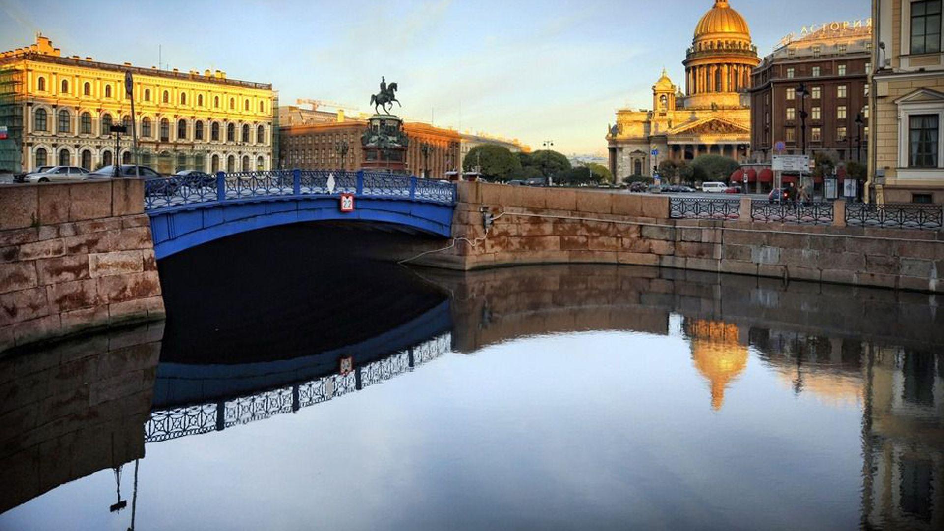 Исторический центр Петербурга: прогулка от м. Адмиралтейская