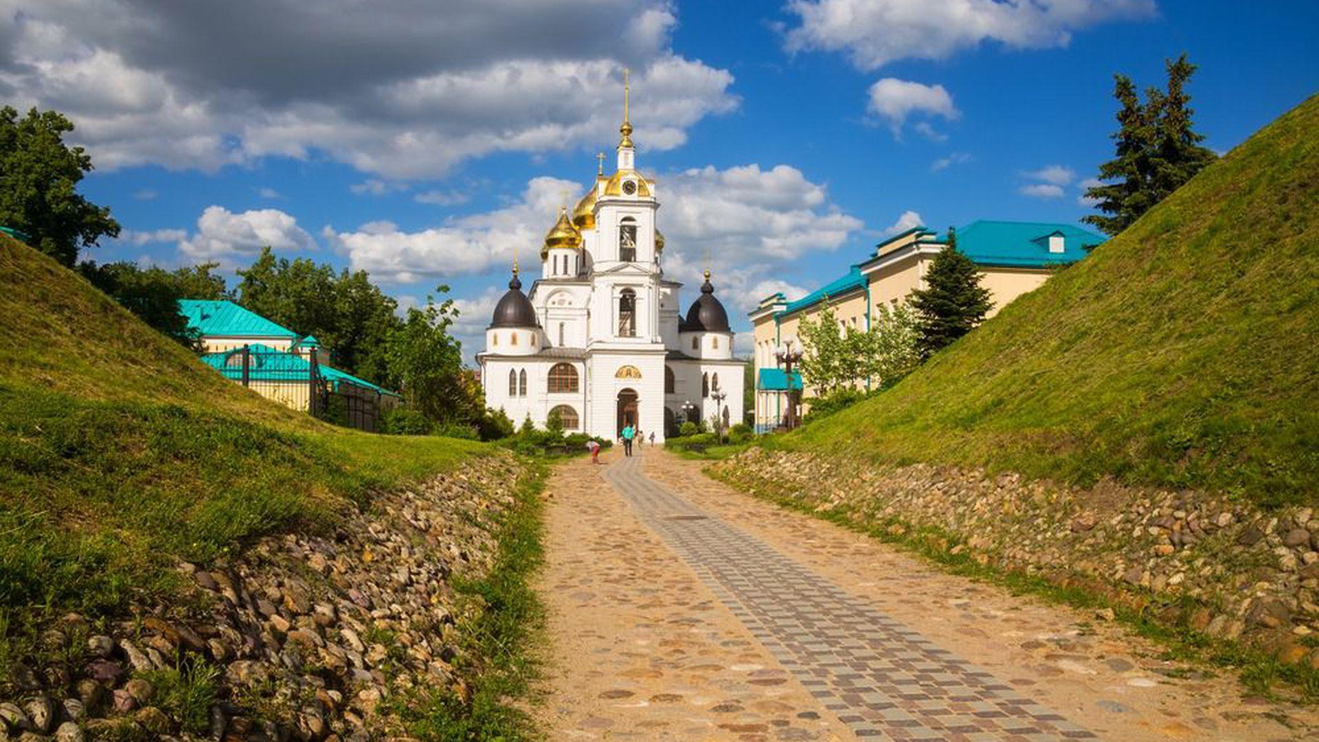 Дмитров: прогулка по старинному русскому городу с Ольгой Яковиной