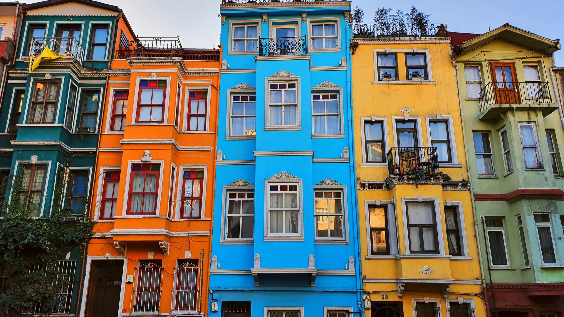 Стамбул нетуристический: яркий, таинственный и шокирующий Старый Балат