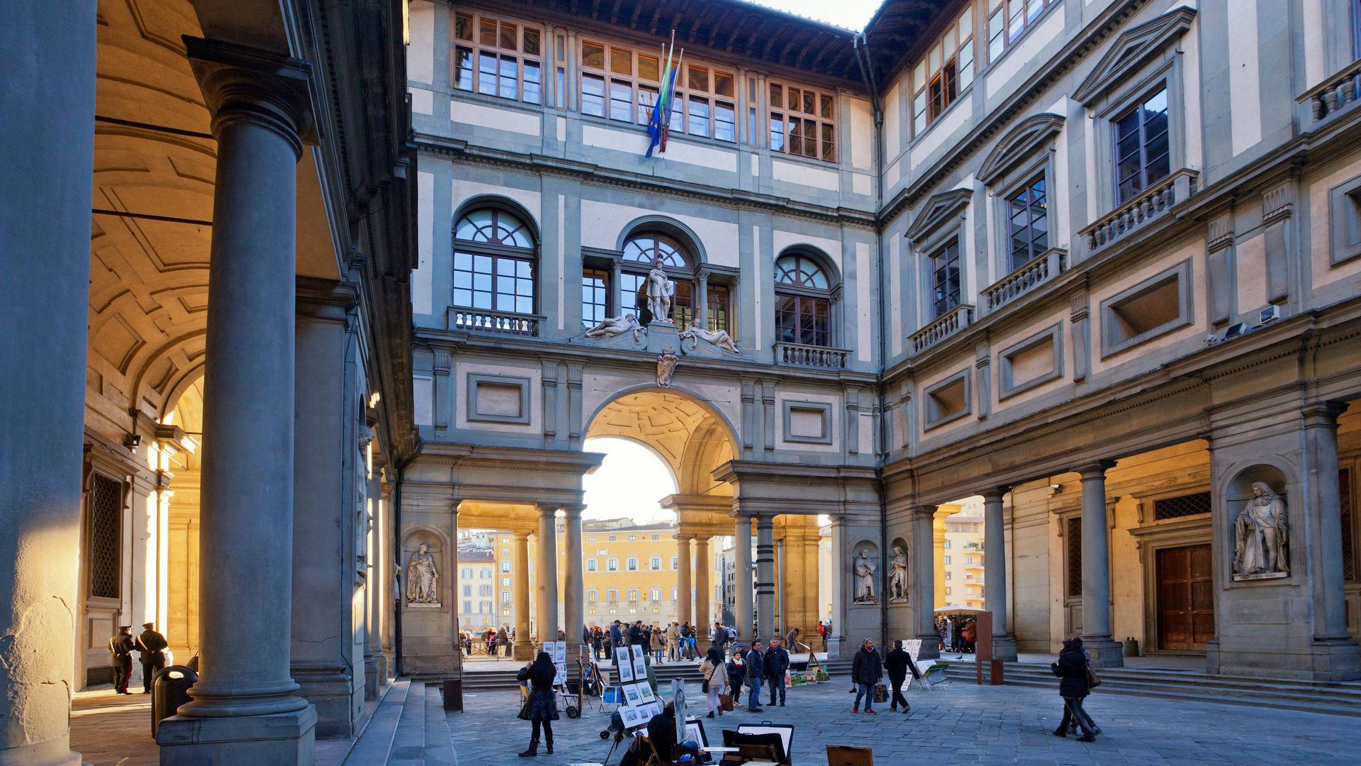 Uffizi Gallery in Florence: 20 Most Famous Paintings Audio Guided Tour