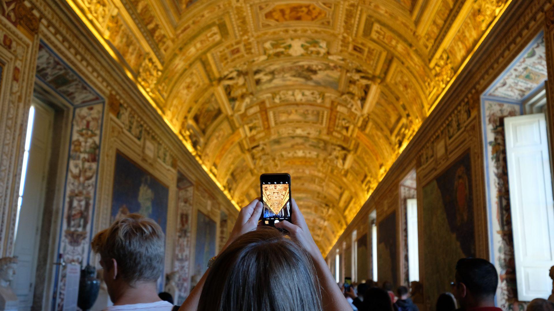 Vatican Museums & Sistine Chapel: Skip The Line & Audio Tour on Mobile App