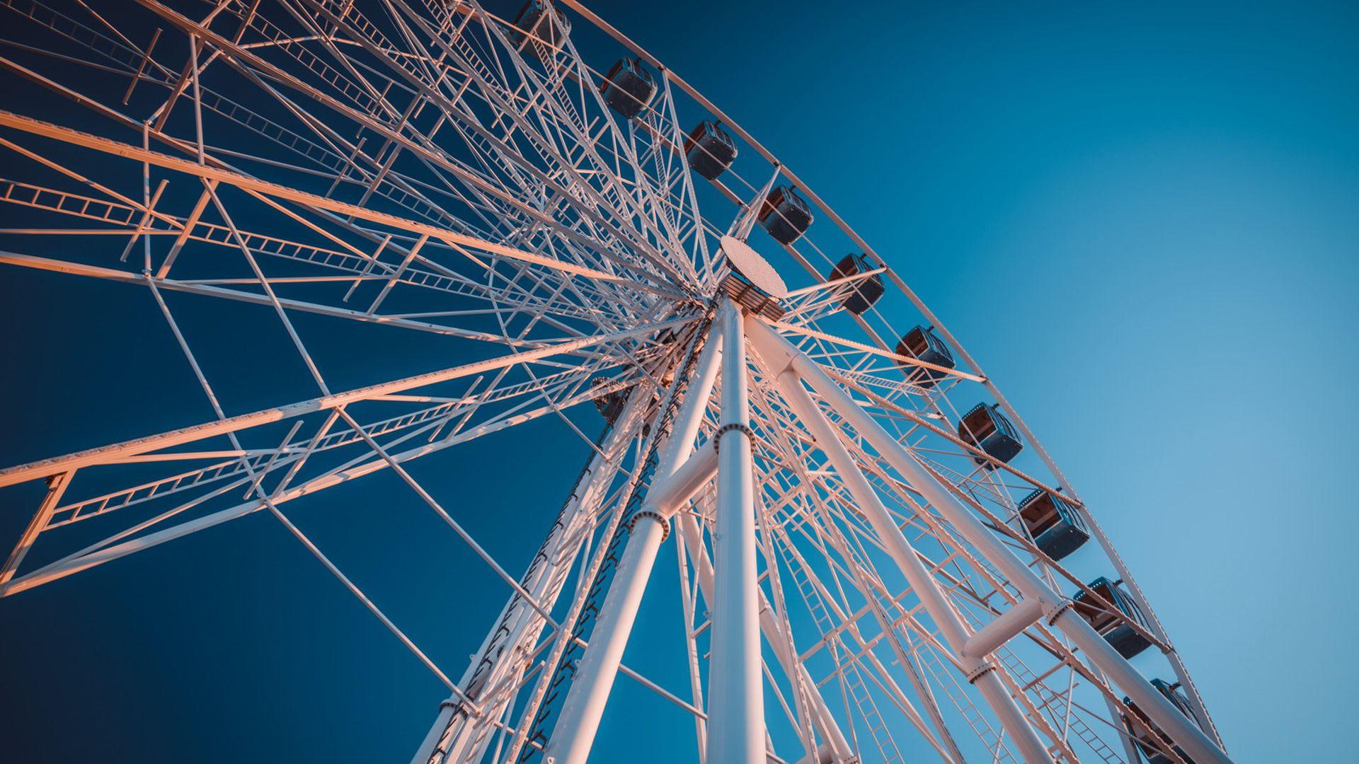 Skywheel of Tallinn: MUMM VIP Experience