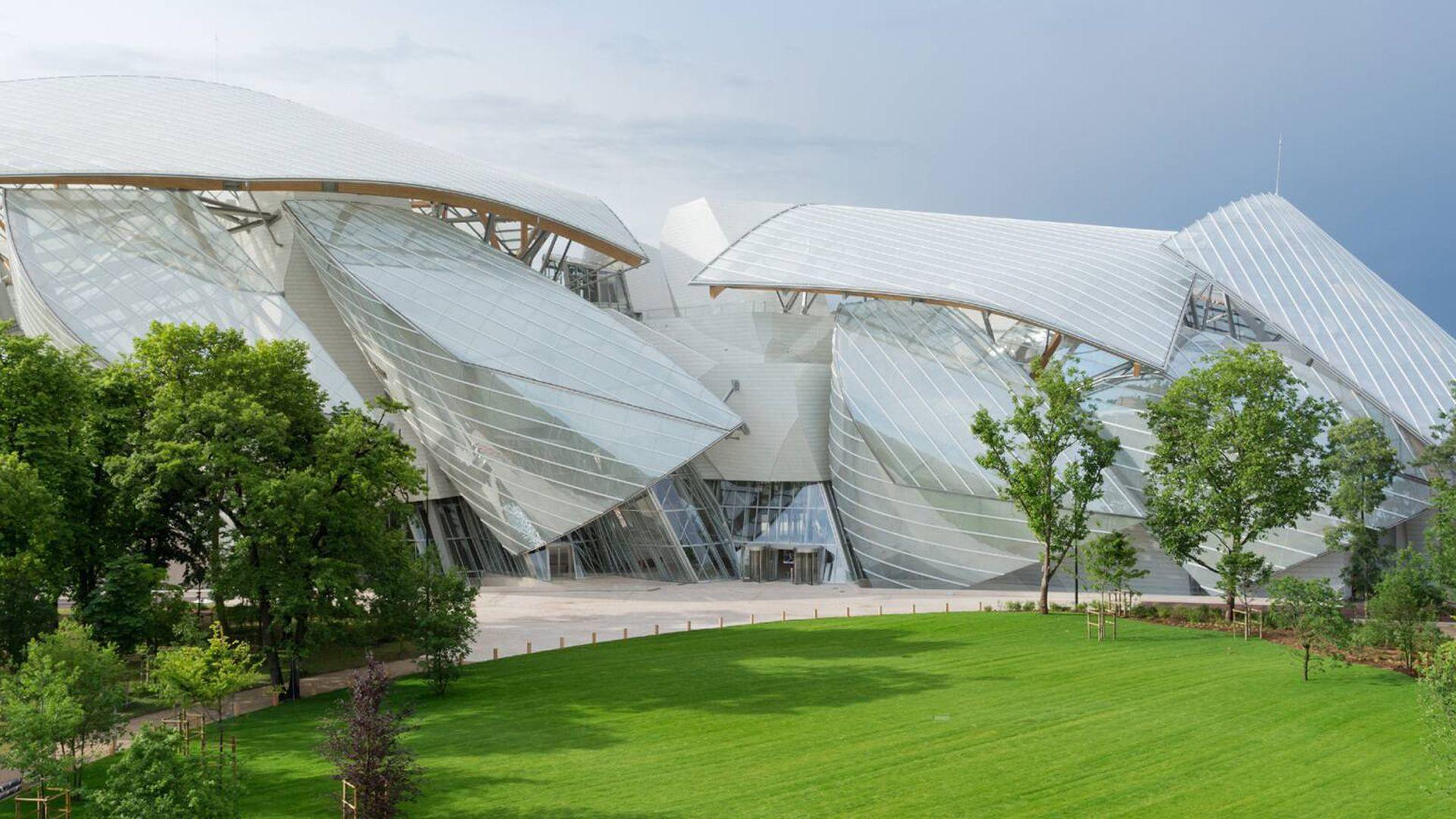 Louis Vuitton Foundation: Ticket & Audio Tour
