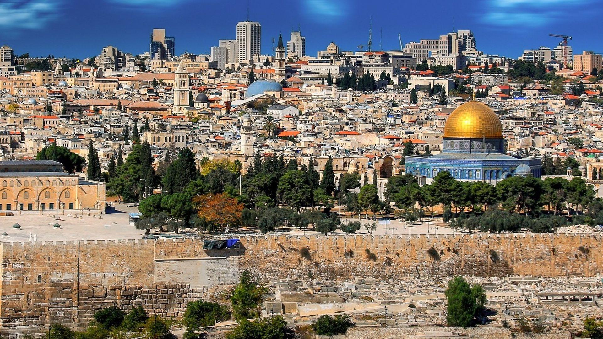 Путешествие за крепостными стенами Вечного города