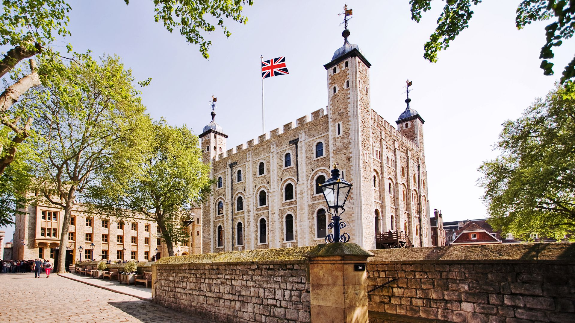 The Tower of London: Admission Ticket & Audio Tour